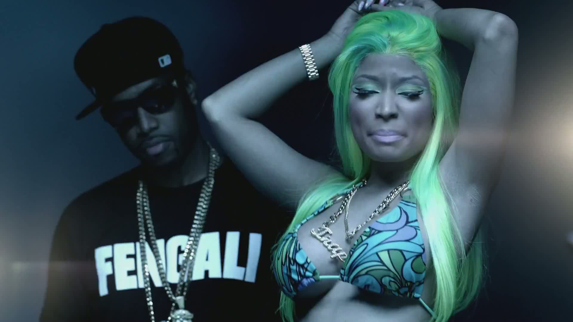 Nicki Minaj Ft. 2 Chainz - Beez In The Trap